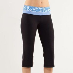 Lululemon Groove Crop Reversible Pants